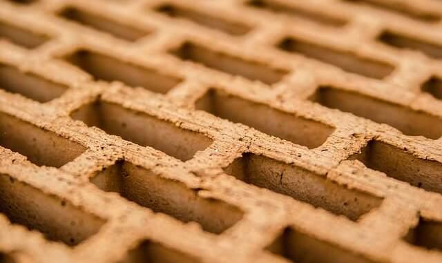 brique vs parpaing